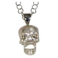DEAKIN & FRANCIS Pendant with Moving Jaw and Diamond Eyes
