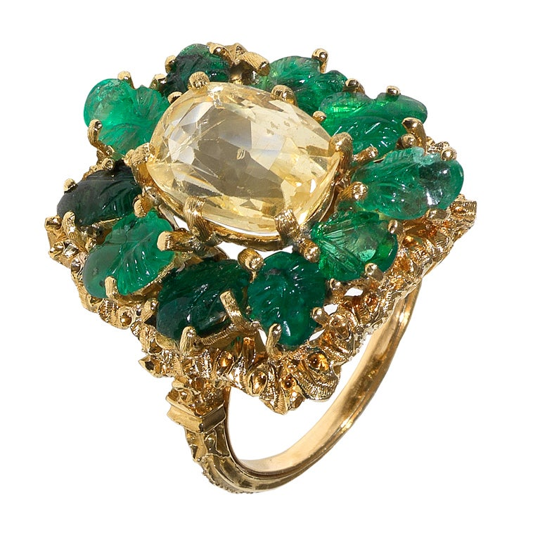 BUCCELLATI Yellow Sapphire and Carved Emerald Ring