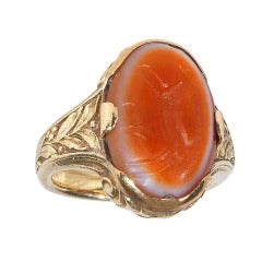 A Sassanian Agate Gold Intaglio Ring