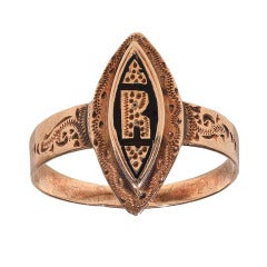An Antique Gold Letter Ring c1870