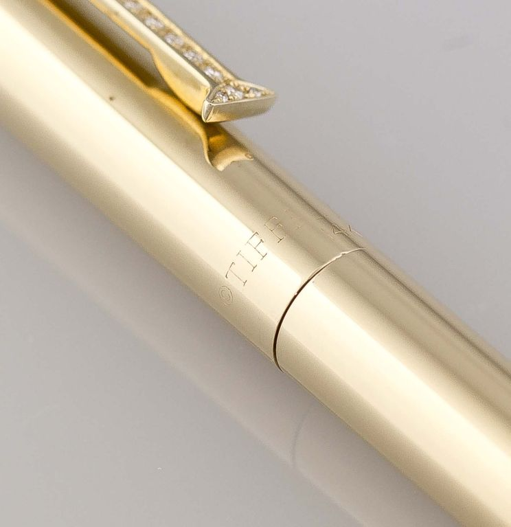 """TIFFANY & CO. 14K Gold Diamond """"T"""" Clip Pen For Sale 2"""
