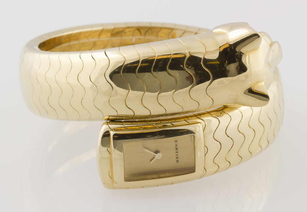 Cartier Lady's Yellow Gold and Emerald Panther Lakarda Flexible Bangle Watch For Sale 4