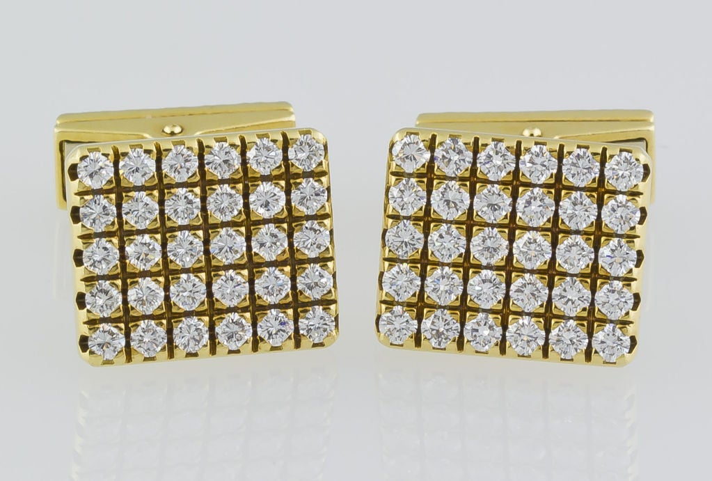 Contemporary PIAGET Gold 3.00 Carat Pave Diamond Cufflinks For Sale