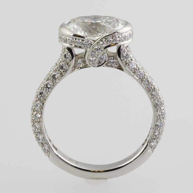 Top HARRY WINSTON Megumi 2.02cts F VS1 Oval Diamond Engagement Ring at  LK64