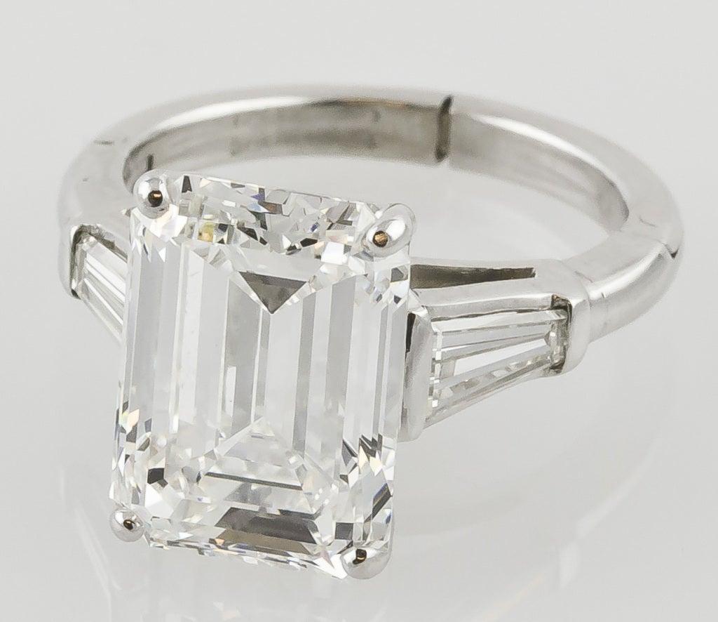 IMPORTANT 7.29cts H-VVS1 Emerald-Cut Diamond Platinum Ring image 3