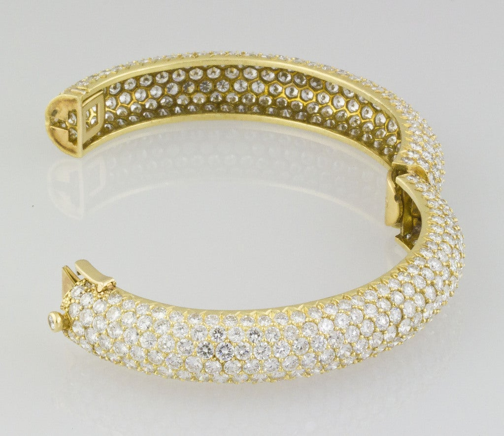 Van Cleef & Arpels Pave Diamond Bangle Bracelet 4