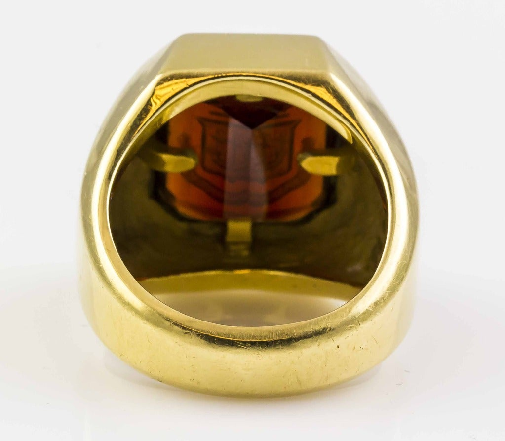 ce66b9c1d 1960s Tiffany & Co. Garnet Crest Signet Signet Ring In Excellent Condition  For Sale In