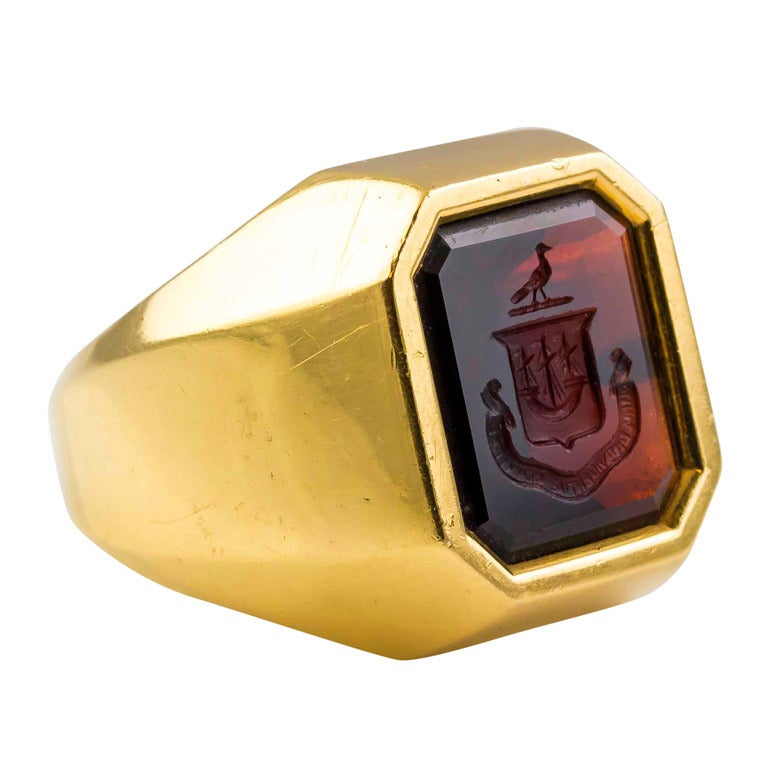 449be407f 1960s Tiffany and Co. Garnet Crest Signet Signet Ring at 1stdibs