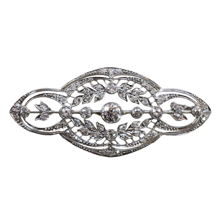 T.A. KOHN & SON Edwardian Diamond and Platinum Garland Brooch