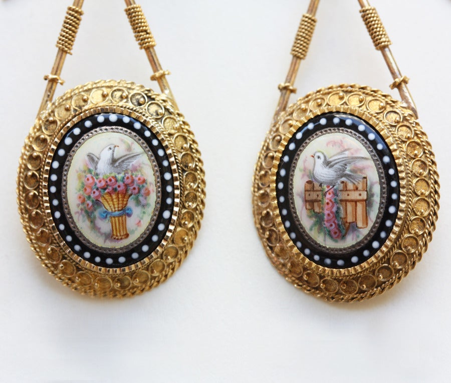 Romantic Gold and Enamel Earrings 4