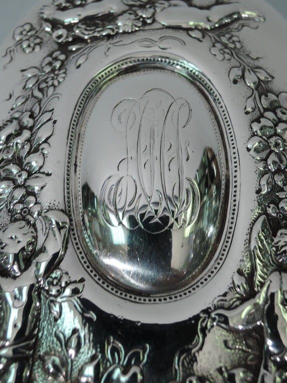 Tiffany Vanity Set - Rococo - American Sterling Silver - C1900 For Sale 4