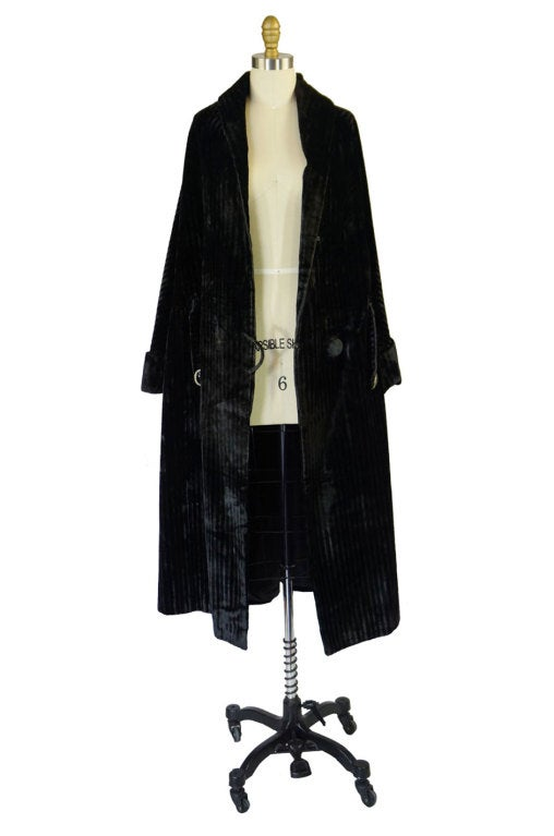 Teens/Early 1920s Velvet Flapper Coat 2