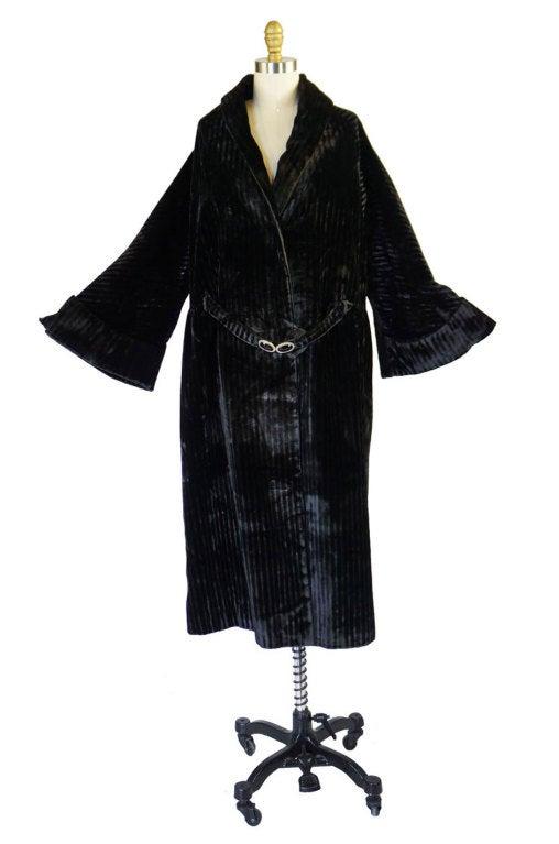 Teens/Early 1920s Velvet Flapper Coat 3