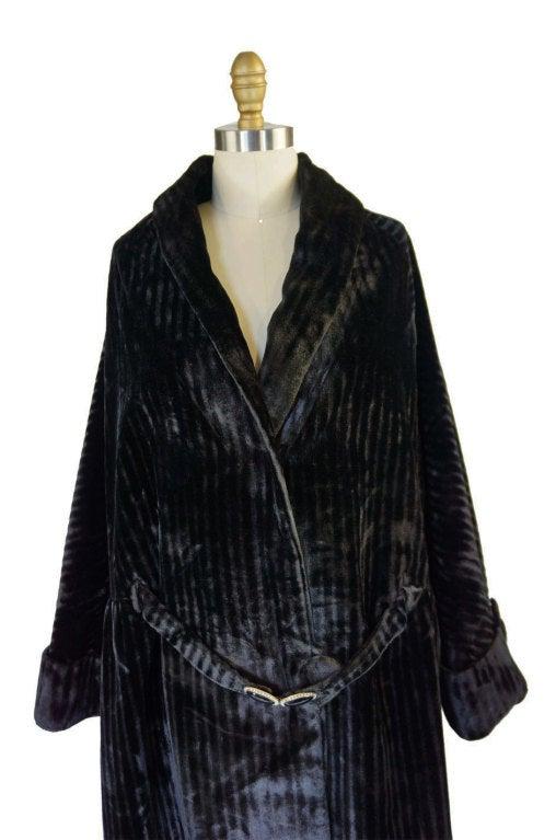 Teens/Early 1920s Velvet Flapper Coat 5