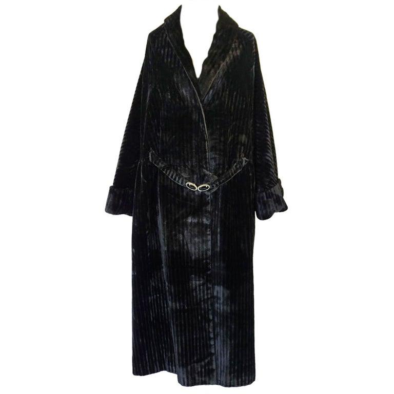 Teens/Early 1920s Velvet Flapper Coat 1