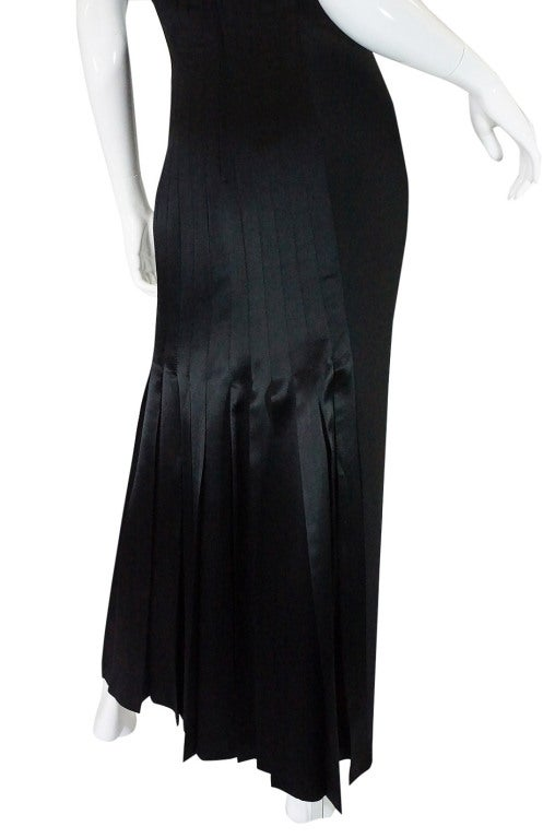 1980s Valentino Pleated Back Silk Gown 7