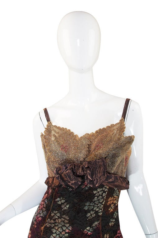 Christian LaCroix Golden Lace Gown, 1980s  In Excellent Condition For Sale In Toronto, CA