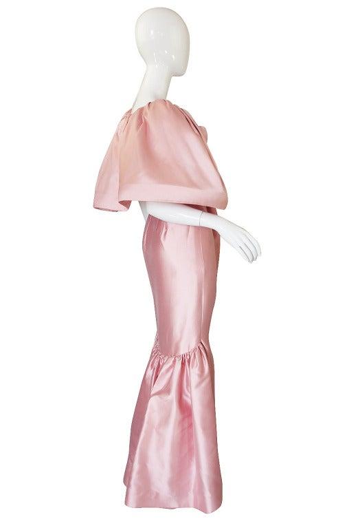 Beige 1980s Larger Caped Silk Oscar De La Renta Gown For Sale