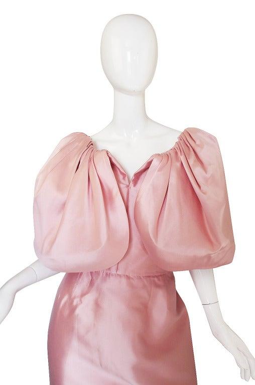 1980s Larger Caped Silk Oscar De La Renta Gown In Excellent Condition For Sale In Toronto, CA