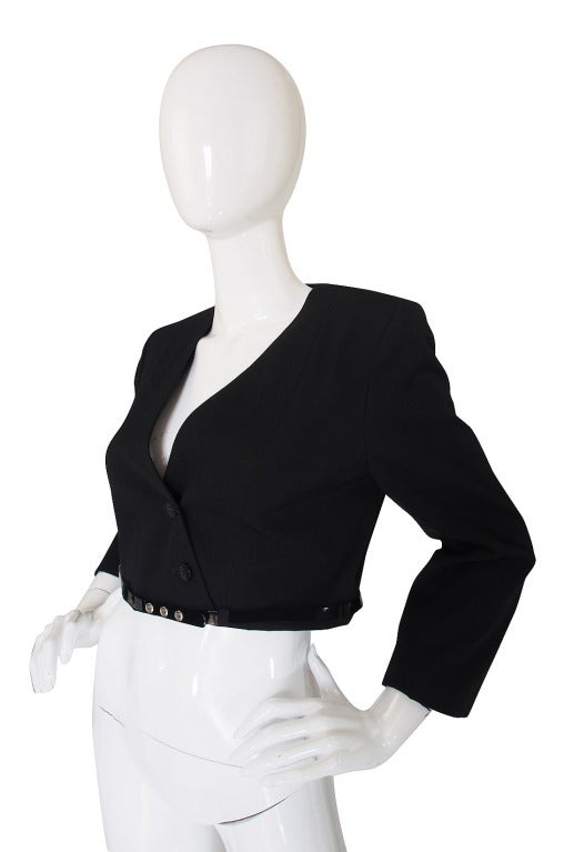 c2000 Chic Little Black Cropped Chanel Jacket & Belt In Excellent Condition For Sale In Toronto, CA