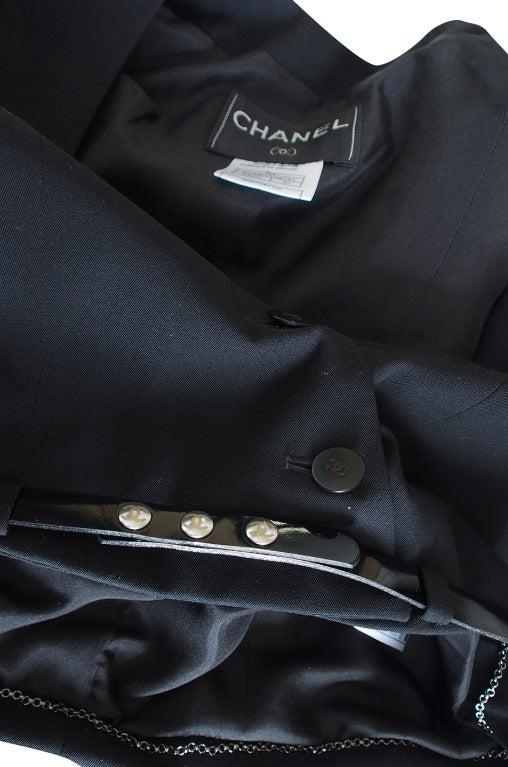 c2000 Chic Little Black Cropped Chanel Jacket & Belt 5