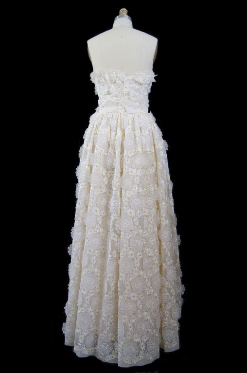 1970s Applique & Embroidery Daisy Gown 2