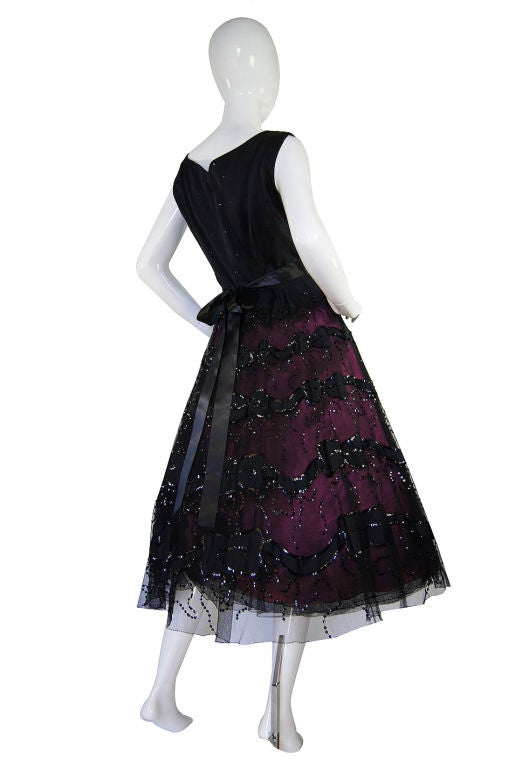 1950s Larger Sequin & Pink Skirted Dress 5