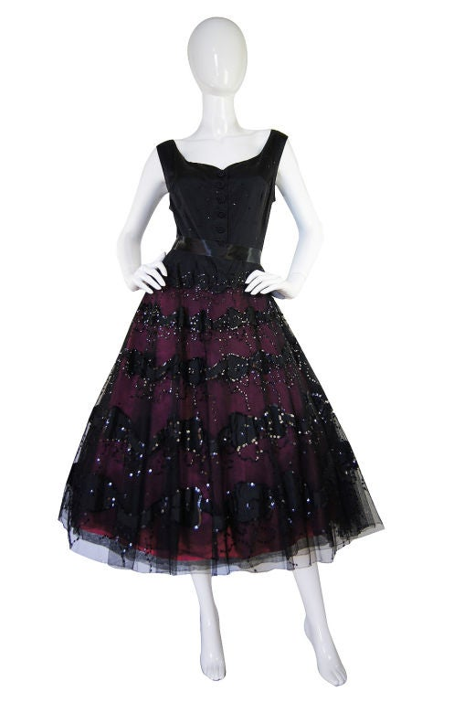 1950s Larger Sequin & Pink Skirted Dress 8