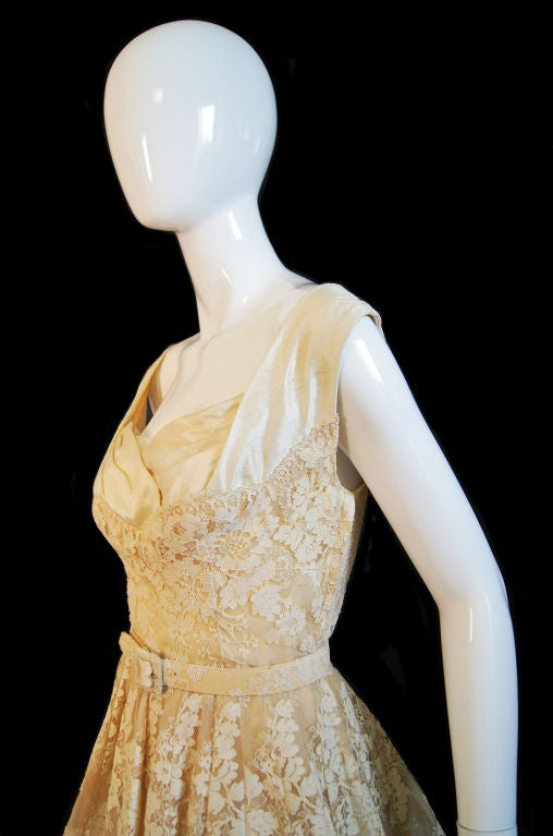 Women's 1950s Couture Jaques Fath Lace Dress For Sale