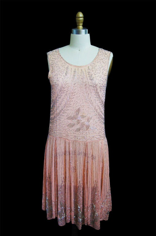 1920s Pale Pink & Silver Beaded Flapper 2