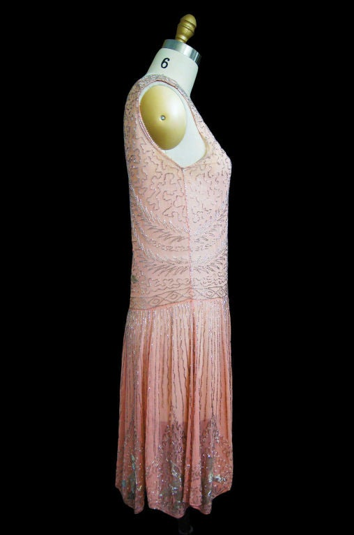 1920s Pale Pink & Silver Beaded Flapper 4