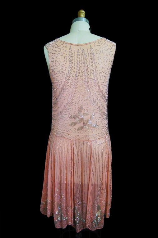 1920s Pale Pink & Silver Beaded Flapper 5