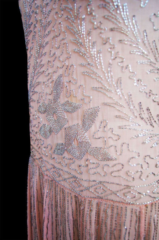 1920s Pale Pink & Silver Beaded Flapper 9
