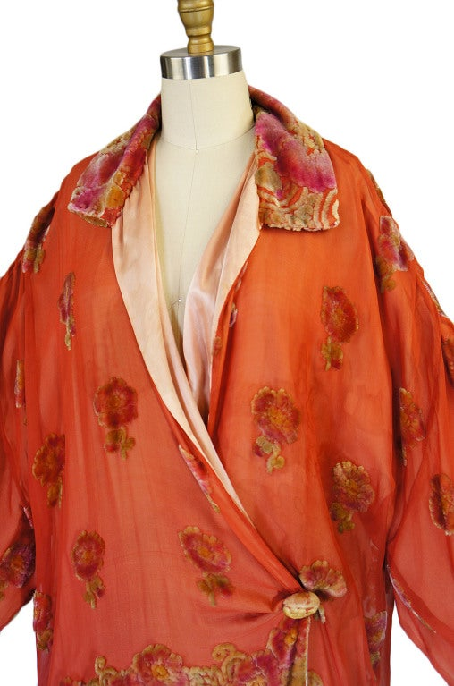 1920s Silk, Velvet & Gold Flapper Coat 9