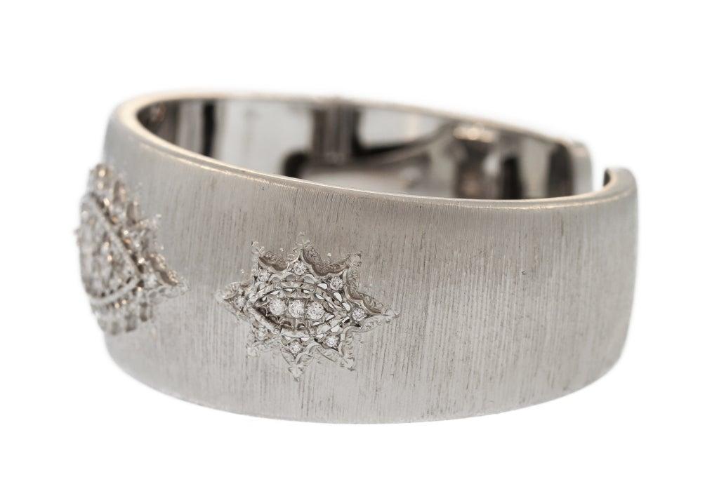 Buccellati Diamond and White Gold Cuff Bracelet In Excellent Condition For Sale In Atlanta, GA