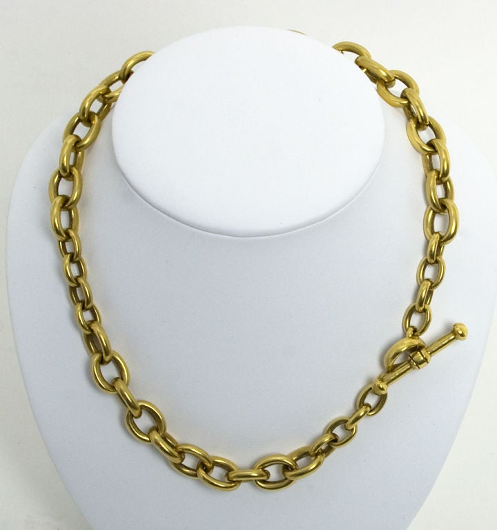 """Heavy weight, alternating size oval links necklace by Barry Kieselstein-Cord. Gold toggle closure can be hidden or worn as decorative element. Measures 18"""" long; weighs an awesome 190 grams."""