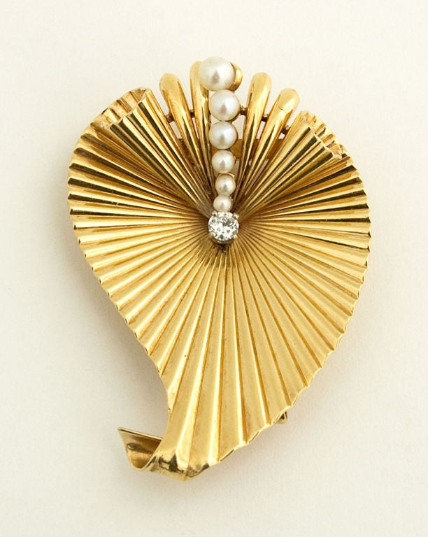 Pearl Diamond Gold Retro Brooch 2