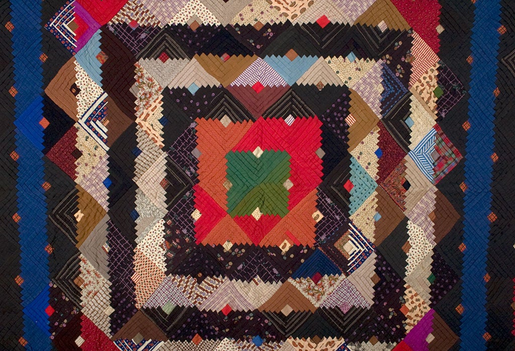 American Barnraising Log Cabin Quilt on Square For Sale
