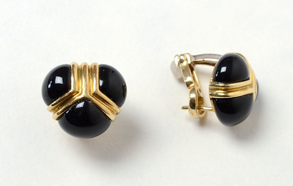 TIFFANY Onyx Gold Earrings 2