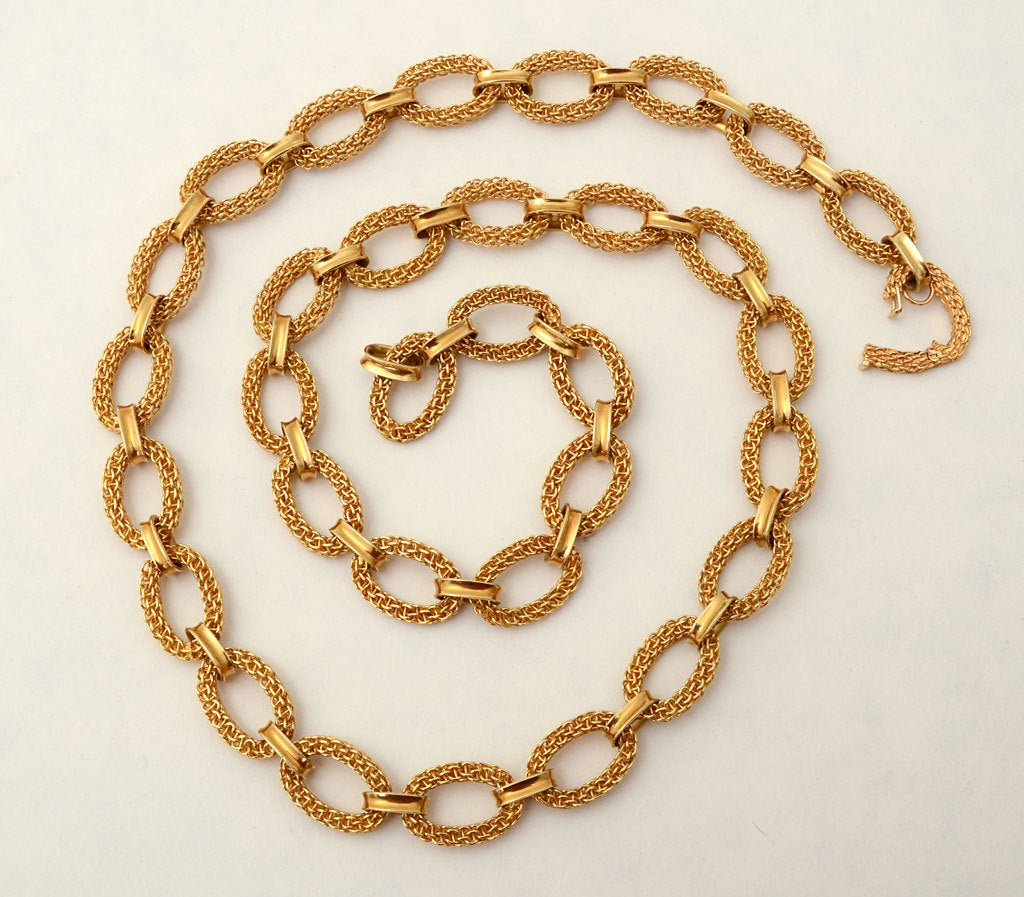 Van Cleef & Arpels Gold Link Necklace 4