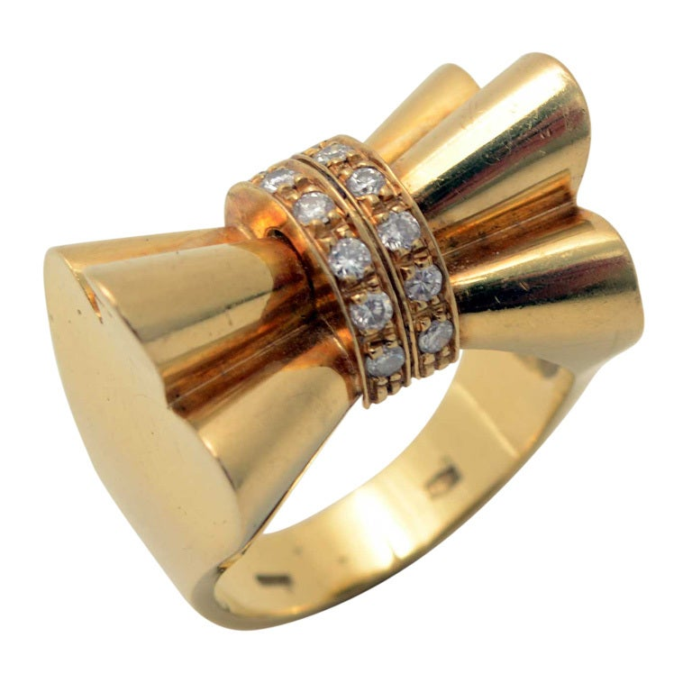 Retro Gold and Diamonds Bow Ring