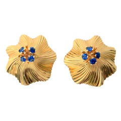 Retro Gold Earrings with Sapphires