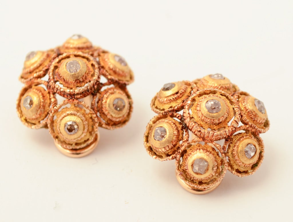 Buccellati Diamond Gold Earrings In As New Condition For Sale In Darnestown, MD