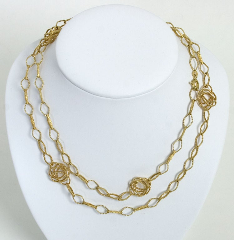 Long Gold Chain Necklace with Open Links In Excellent Condition For Sale In Darnestown, MD