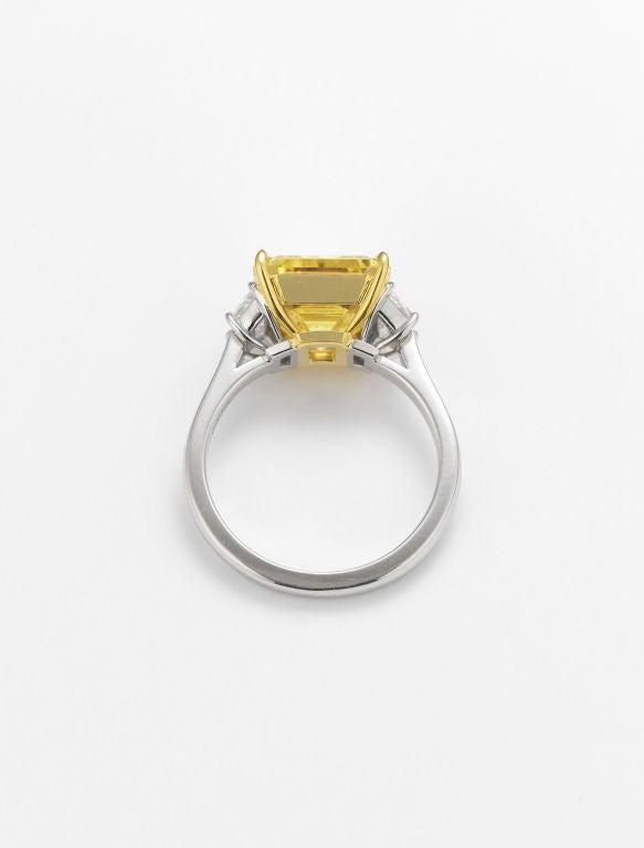 Natural Fancy Vivid Yellow Diamond Ring 2