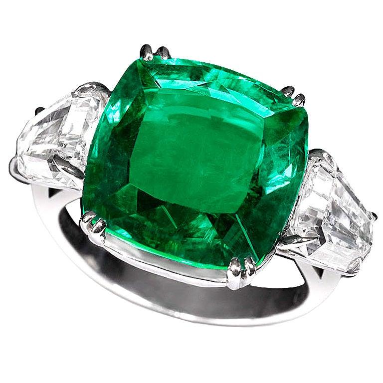 Zambian Emerald & Diamond Ring 1