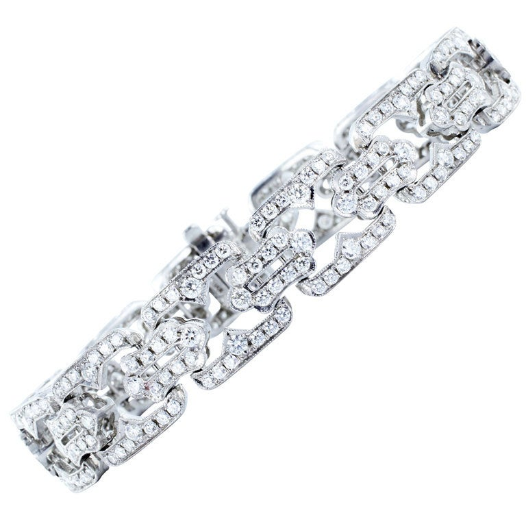 Elegant 7.59ctw Diamond Bracelet For Sale
