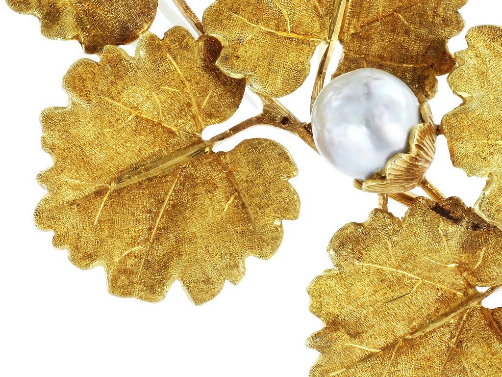 BUCCELLATI Pearl Gold Leaf Pin 2