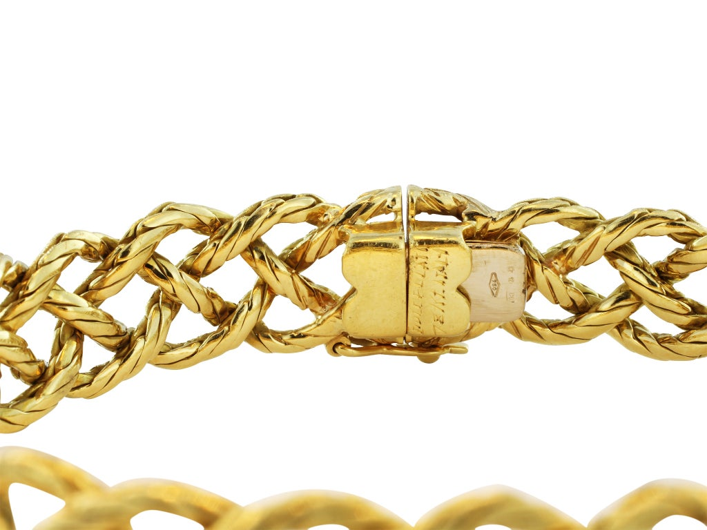 BUCCELLATI Gold Bracelet In Excellent Condition For Sale In Chestnut Hill, MA