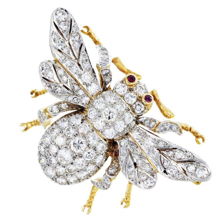 5 Carat Charming Diamond Bee Pin